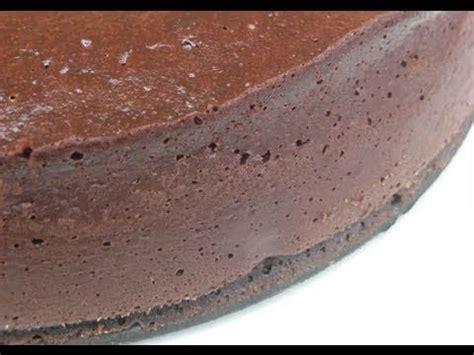 mousse au chocolat hervé cuisine recette du fondant au chocolat extrême par hervé cuisine