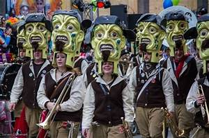 Karneval Trends 2017 : karnevalkost me der tempor re flucht von der sozialen rolle ~ Frokenaadalensverden.com Haus und Dekorationen