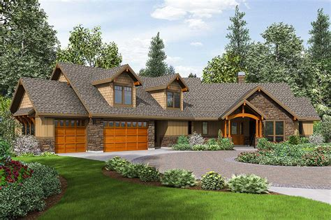 lodge  craftsman  huge bonus room  architectural designs house plans