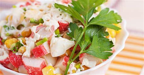 Krabju nūjiņu salāti ar ziedkāpostiem - DELFI