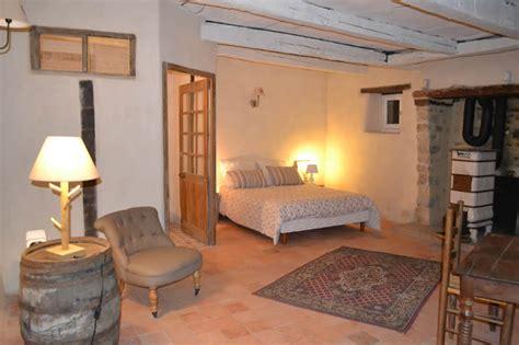 chambre de bonne lyon cabanes chambres d 39 hôtes et gîtes domaine des vaulx