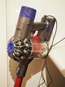Review Of The Dyson V6 Absolute Handstick Vacuum Cleaner