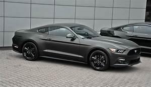 Zmiana koloru samochodu Ford Mustang 2015