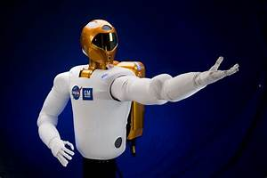 GM Teams up with NASA to Create Robonaut R2 for ...
