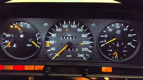 Mercedes 190 with w126 electric speedo - YouTube