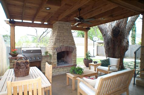small outdoor living spaces 48 decorelated