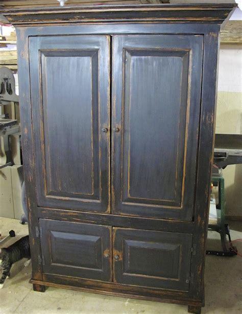 reparation armoire de cuisine restauration d 39 armoire de cuisine meuble decaper finition