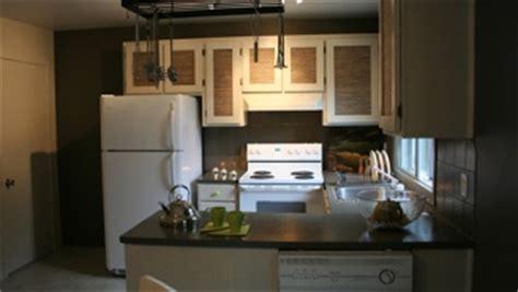 canal plus cuisine peinture pâle ou foncée