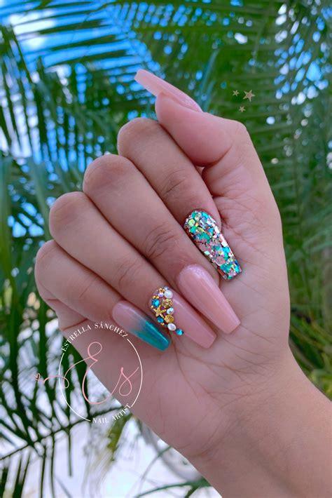 Diseño de uñas piel morena / diseño de uñas para piel morena clara / los mejores tonos. #nails #nailartdesigns #acrylicnails #turquoise #uñas #uñasdecoradas #summernails #summerstyle ...