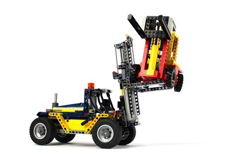 lego technic stapler lego technic gel 228 ndeg 228 ngiger kranwagen 42082 im