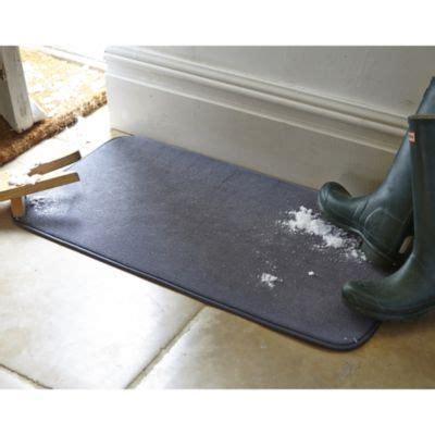 snow doormat snow soaker mat in door mats rugs and runners at lakeland