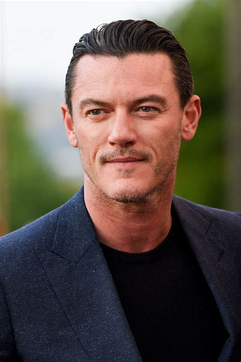 Luke Evans Joins Jennifer Aniston In Netflix Comedy