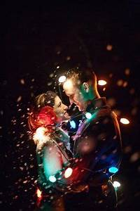 14 Christmas Light graphy Couples Couples