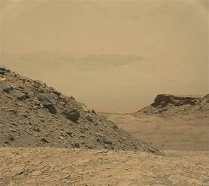 "Curiosity Mars Rover in ""Safe Mode"" Status"
