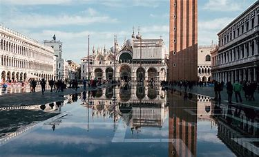 Risultato immagine per venezia acquaaltaART BONUS FOR VENICE CHURCHES