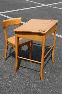 Petit Bureau Enfant : baumann petit bureau d 39 enfant et sa chaise chaise baumann bureau petit enfant bois ~ Teatrodelosmanantiales.com Idées de Décoration