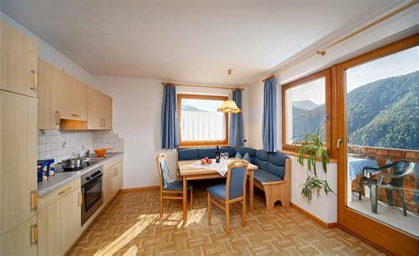 Appartamenti Per Le Vacanze by Appartamenti Per Le Vacanze A Eores Bressanone