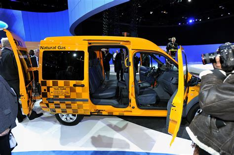 Boston Aproves New Ford Taxis First Automotorblog