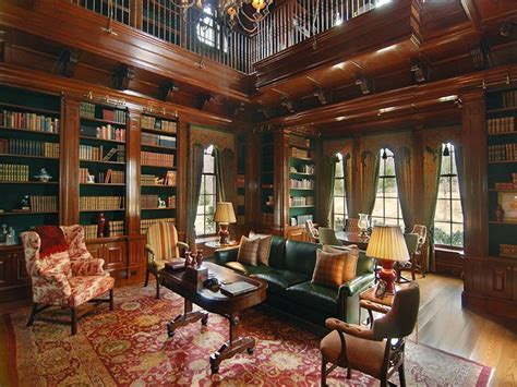 Victorian Gothic interior style: Victorian and Gothic