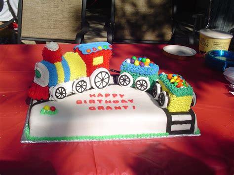 train cakes decoration ideas  birthday cakes