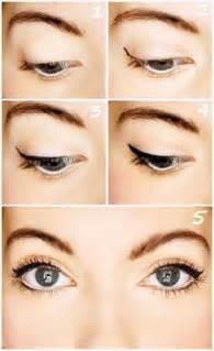 cat eye makeup tutorial top 10 eyeliner tutorials for irresistable cat top