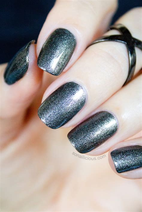 polish  ways severina gunmetal black matte nail polish