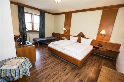 Landgasthof Pauliwirt  Restaurant Und Hotel Für Urlaub