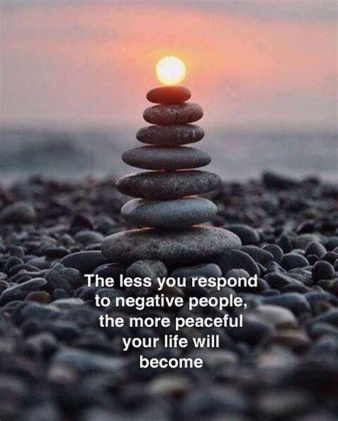 respond  negative people   peaceful
