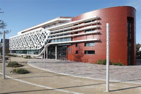 Institutional buildings construction solutions - LafargeHolcim