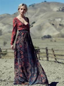 Robe Style Boheme : robe longue style boheme rouge manche longue et jupon avec ~ Dallasstarsshop.com Idées de Décoration
