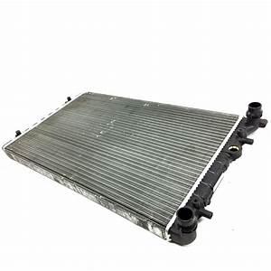 Radiador Principal De Motor Valeo Para Golf A4  Jetta A4 Con Aire Acondicionado