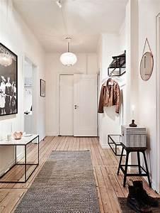 deco entree 10 idees tendance cote maison With couleur de peinture pour couloir 9 une entree et un couloir contrastes home by marie
