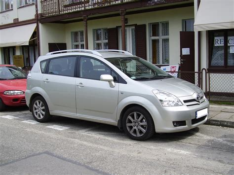 toyota corolla verso 2007 2007 toyota corolla verso pictures information and