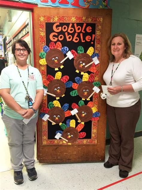 final door decorating contest winners announced st mary