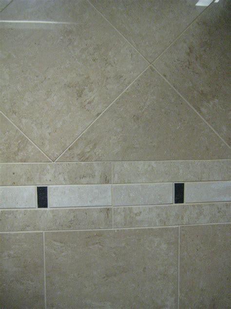 travertine border travertine shower tiles with simple border bathroom remodel pinterest travertine shower