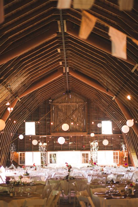 Wedding Barns In Michigan by Vintage Style Wedding In Benton Harbor Michigan Junebug