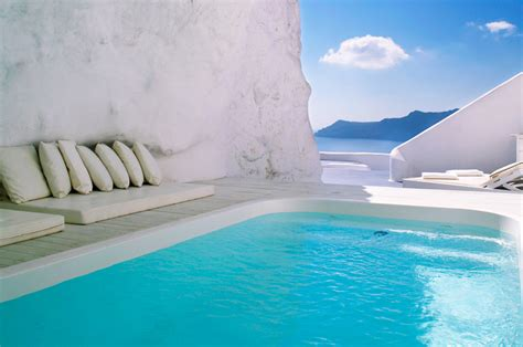 11 Of The Worlds Most Outstanding Hotel Pools The