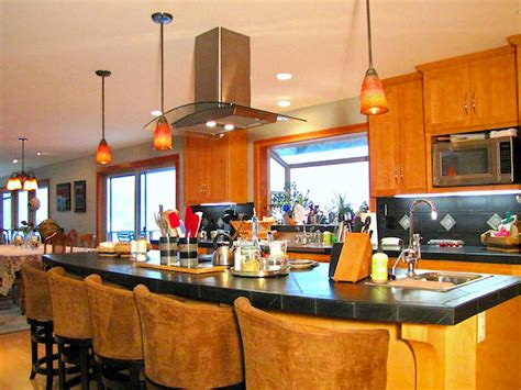 kitchen chandeliers pendants and cabinet lighting