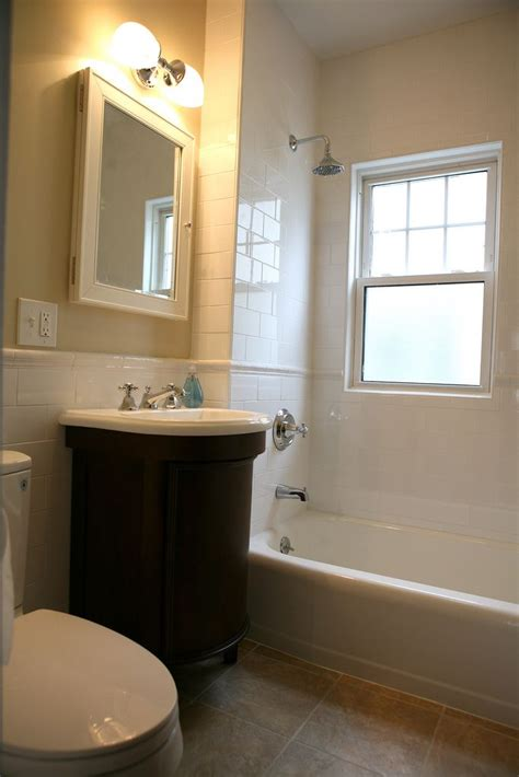Shower Designs For Small Bathrooms by Best 25 Bathroom Ideas Photo Gallery Ideas On