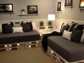 Couch Aus Paletten : le canap en palette nos nouvelles id es de r cup ~ Whattoseeinmadrid.com Haus und Dekorationen