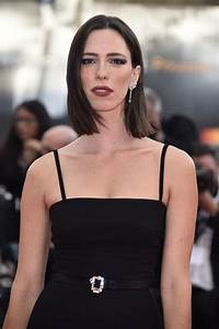 Rebecca Hall Regrets Working With Woody Allen Donates