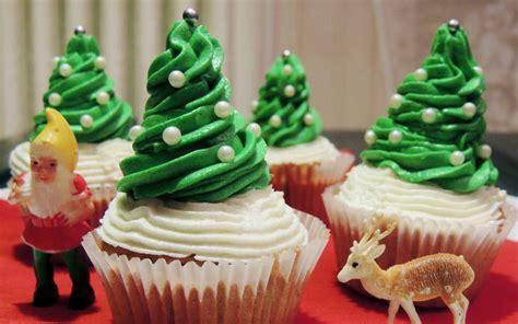 jeux de cuisine de cupcake a noël c est plus que jamais la folie des cupcakes