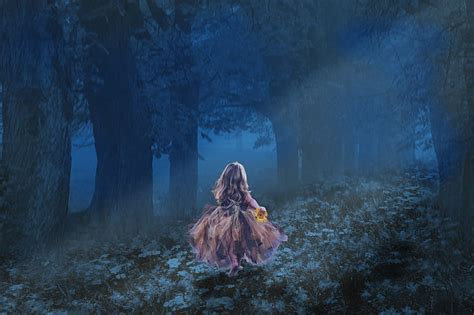 royalty  photo girl running  dark forest wallpaper