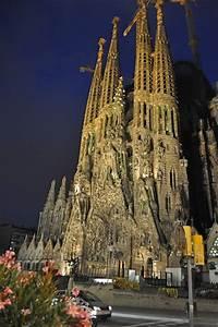 La Sagrada Familia at night | Visited Places & Spaces ...