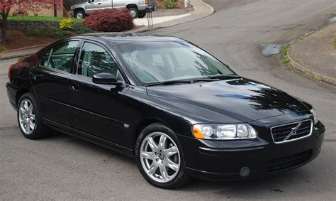 Volvo S60 25t Photos News Reviews Specs Car Listings