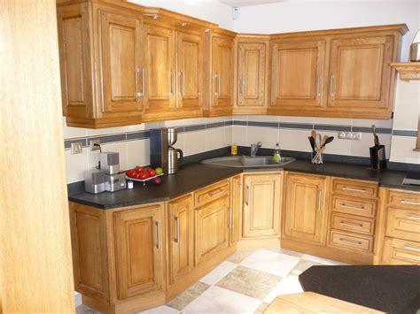 modele de cuisine en bois cuisine cuisine rustique en ch 195 170 ne massif clair cuisines