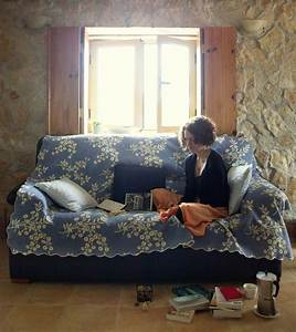 how to travel on a budget transylvania hostel With couchsurfing sofa