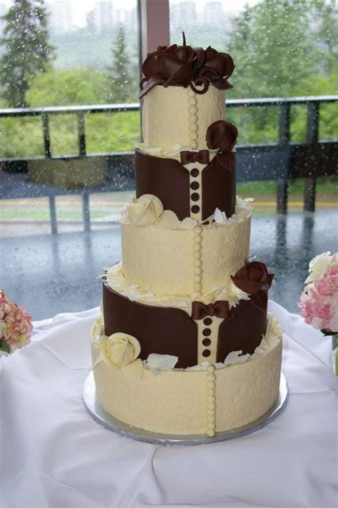 his and hers wedding cake ideas weddingelation