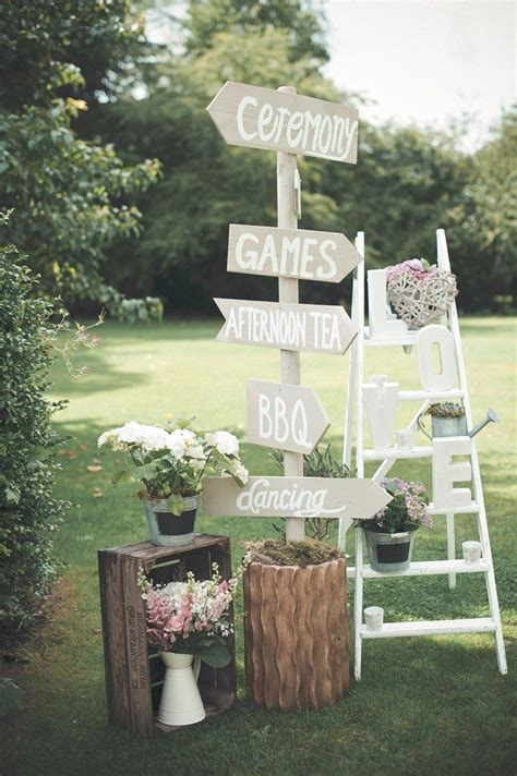 Garden Decoration Wedding by Beautiful Summer Garden Wedding Dreaming Garden