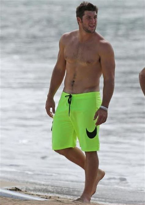 tim tebow shirtless hawaii  big lead